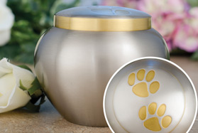 1_double-gold-pawprint-urn.jpg